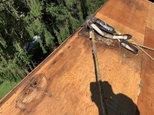 Anchor point on edge of wood roof