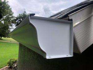 white aluminum k style gutter
